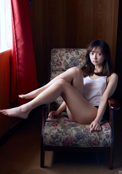 170811小宮有紗のセクシーな水着グラビア画像011