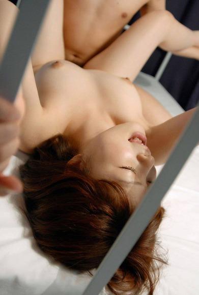 正常位セックス画像041