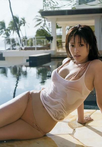 深田恭子2016年のグラビア画像006