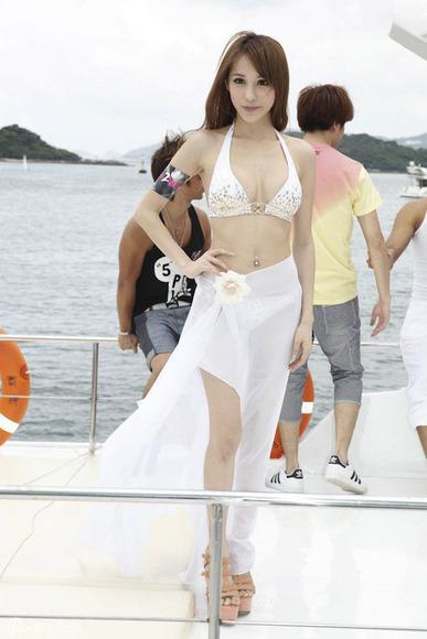 香港の超絶スレンダー巨乳美女007