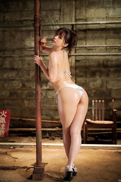 200823鶴巻星奈のエロ画像002