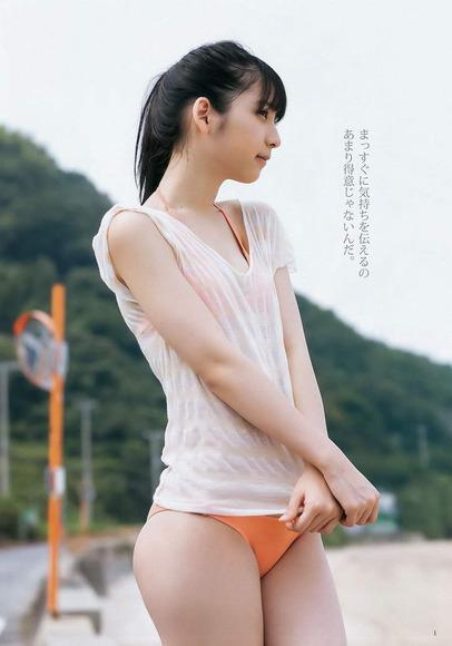 松岡菜摘のグラビア画像003