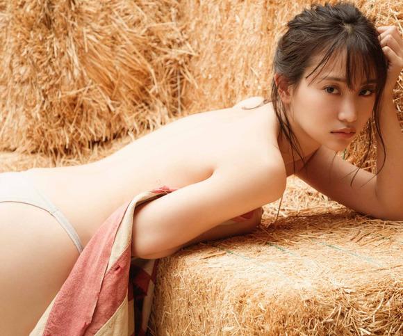 201126永尾まりやのエロ画像004