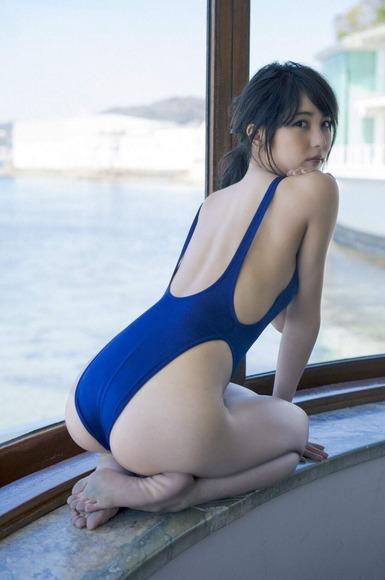 石川恋のグラビア画像082