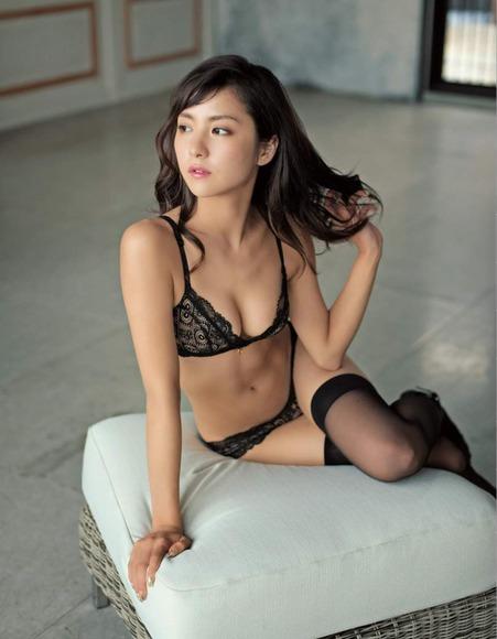 170114石川恋のエロ画像006