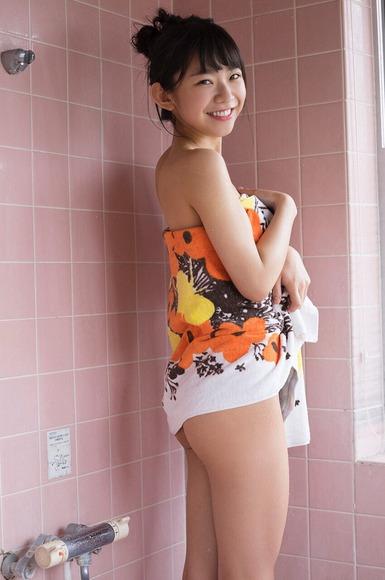 長澤茉里奈の水着画像027
