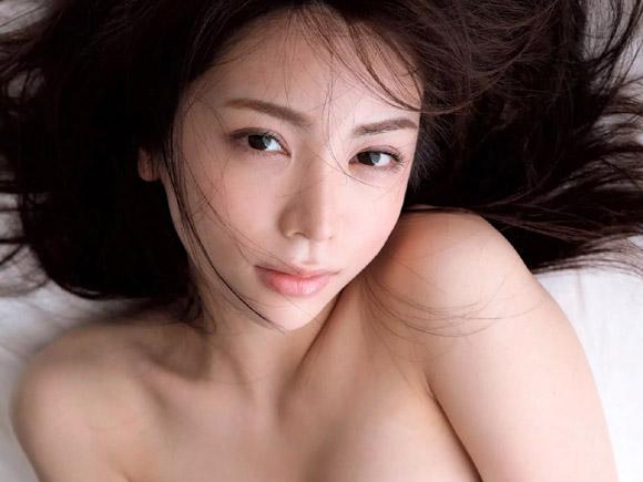 仲村美海(24) グラビア適正120%の神ボディー美女。画像×9