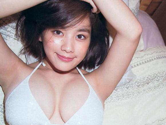 バッサリ髪を切った筧美和子(22)。画像×6