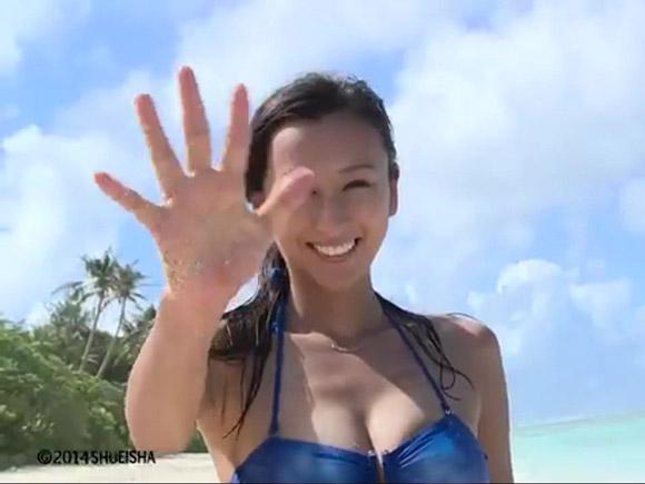 浅田舞のビキニ流出映像