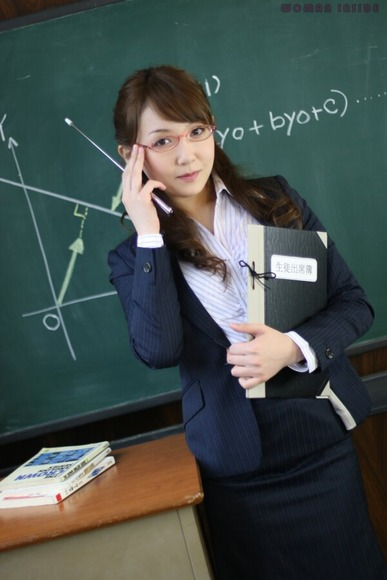 Japanese_Nasty_Teacher_pic033