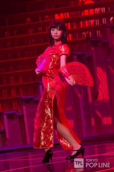 乃木坂46のチャイナドレス画像014