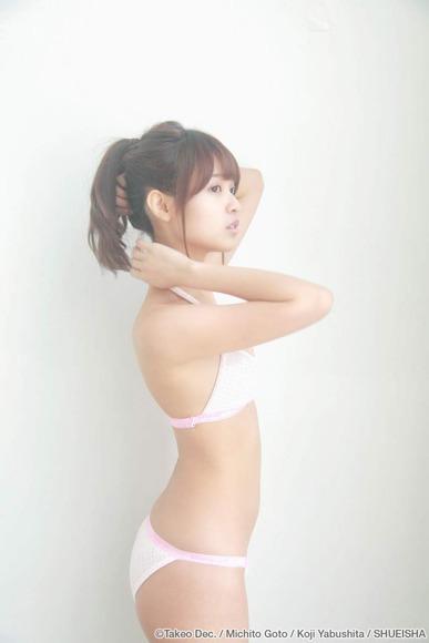 松本愛のグラビア画像026