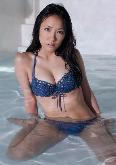 SKE48ナンバーワン巨乳!佐藤聖羅のグラビア画像003