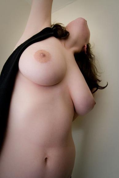 胸の大きな女神様011