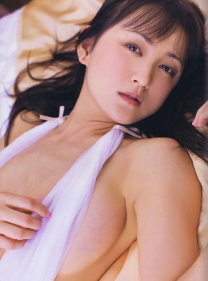 アイドルのお宝!横乳画像004