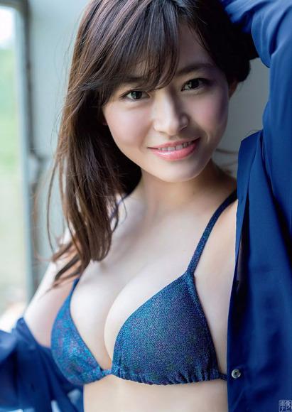 200820桜田茉央のエロ画像004