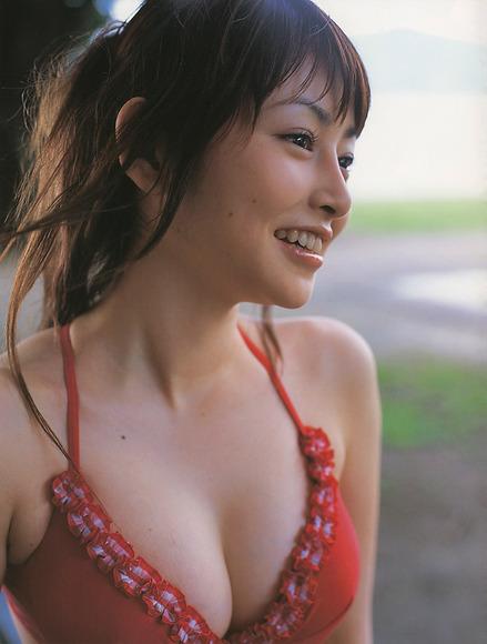 抜けるアイドル009