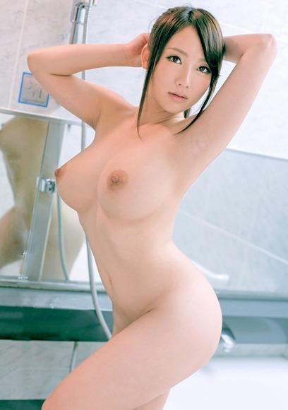 140414kireina_oppai_gazou028