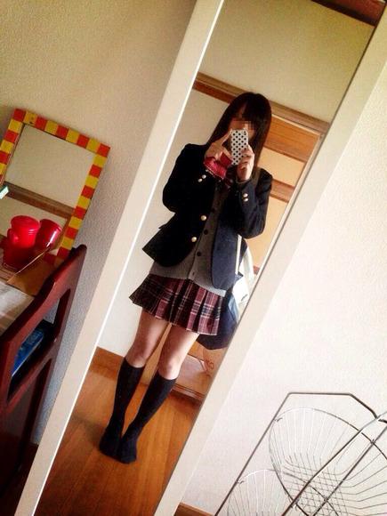 スカートと綺麗な脚025