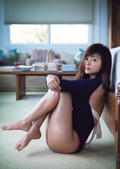 深田恭子の太ももフェチ画像001