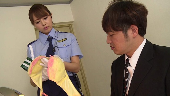 吉沢明歩の婦警コスセックス画像002