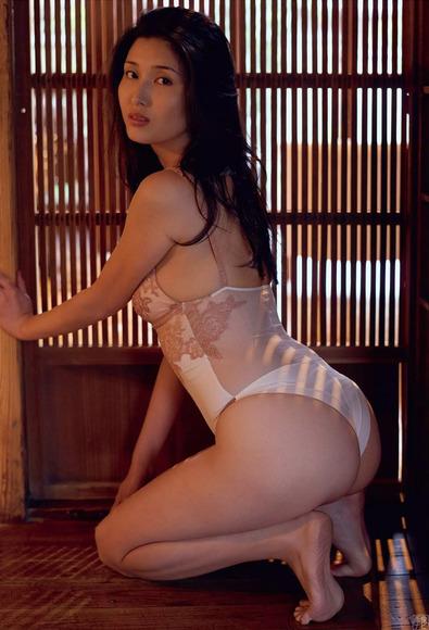 170824橋本マナミのエロ画像015