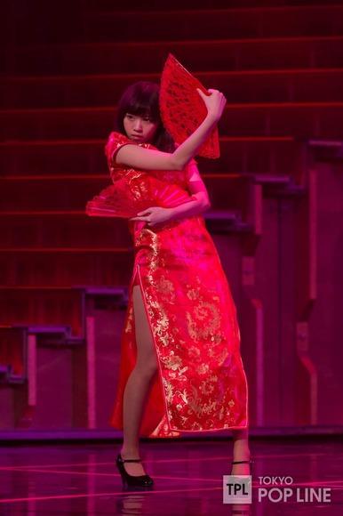 乃木坂46のチャイナドレス画像013