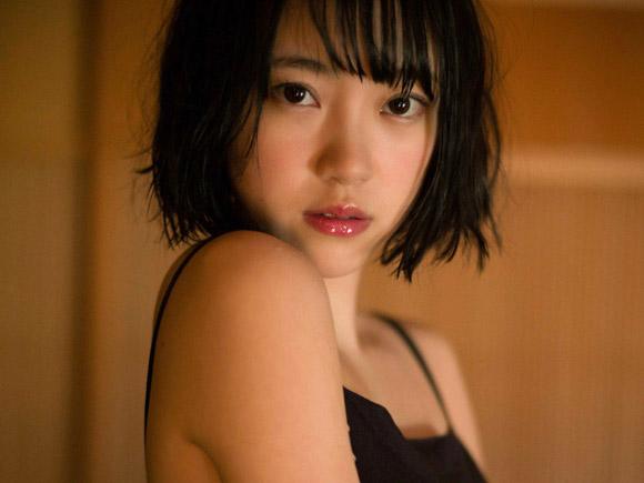 【乃木坂46】堀未央奈(20) 透明でいて、艶っぽい。