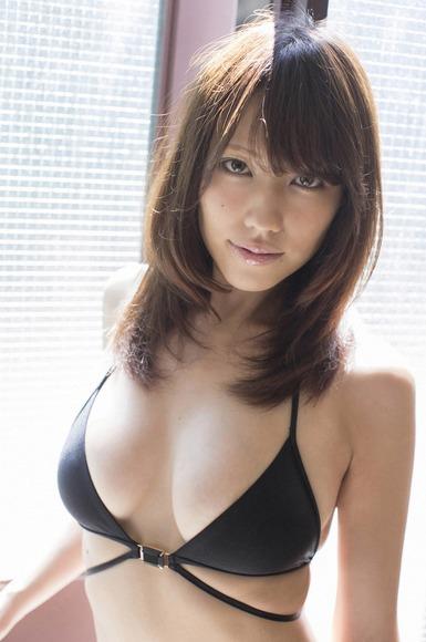 big_boobed_girl017