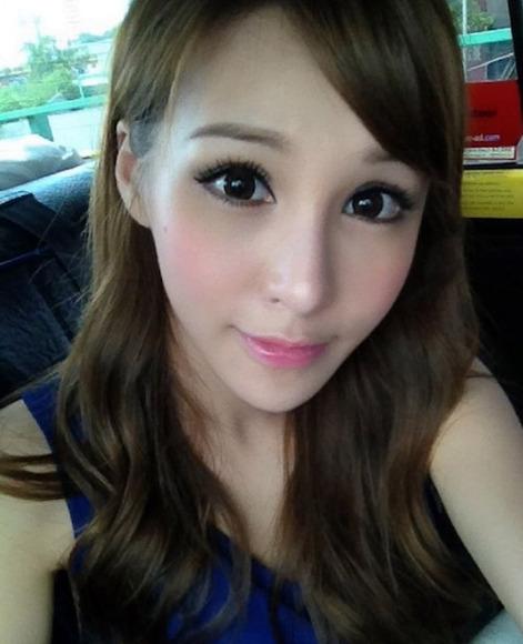 香港の超絶スレンダー巨乳美女024