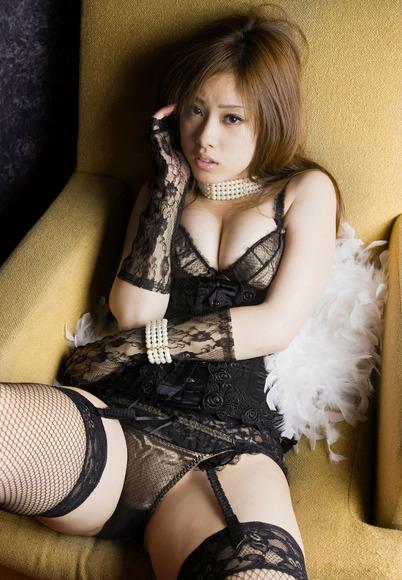 野田彩加のエロ画像040