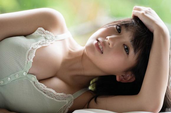 190912沢口愛華のエロ画像009