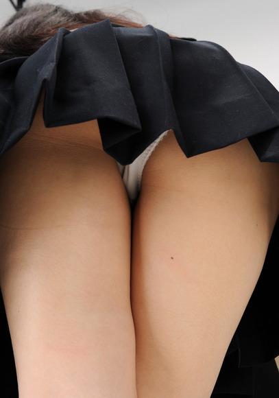 女子のスカートの中身013