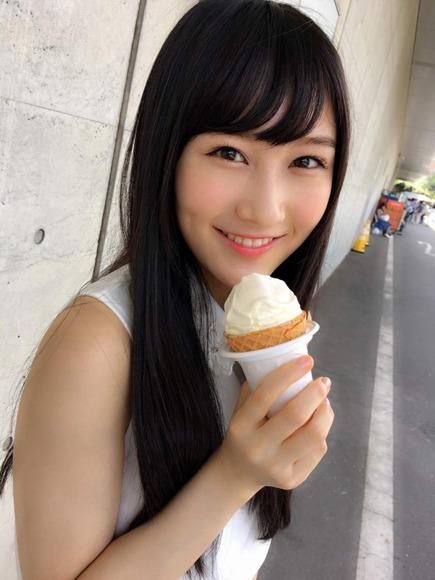 矢倉楓子の写真と画像004