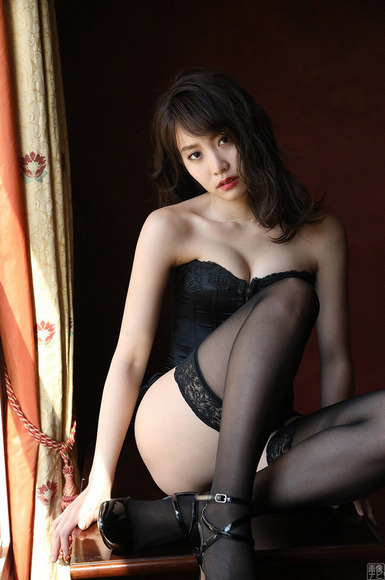 190527永尾まりやのエッチな画像013