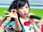 AKB48史上最高の美少女と話題の小栗有以(14)のふとももがピチピチ!