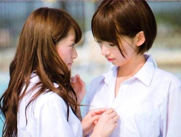 橋本奈々未と桜井玲香002