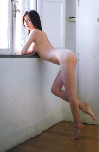 杉本有美 史上最高に過激なグラビア画像023