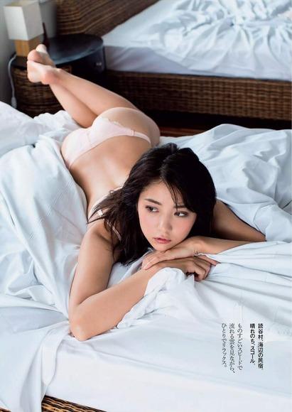 石川恋のグラビア画像074