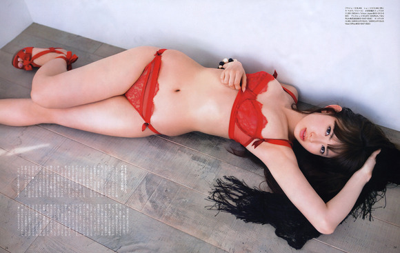 大島優子と小嶋陽菜のan・an画像019