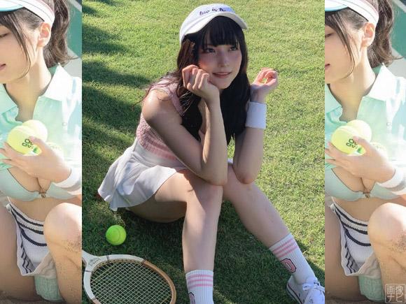 テニスウェア姿