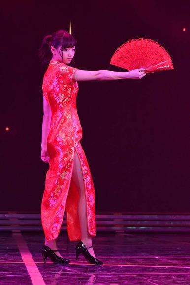 乃木坂46のチャイナドレス画像011