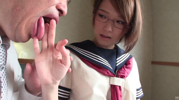 170820椎名そらJK制服エッチ画像002