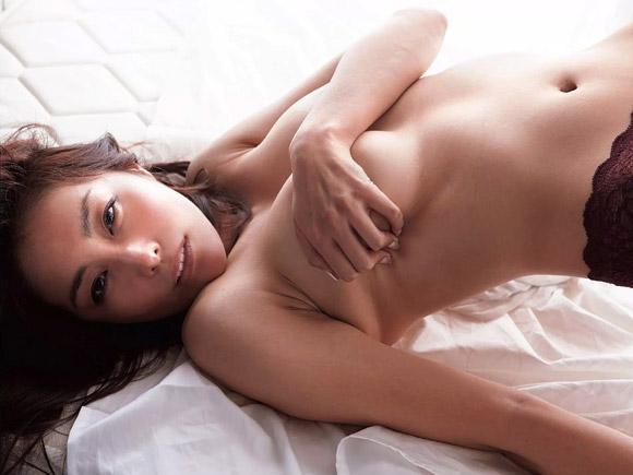 熊切あさ美(35)「愛之助さん、見てますか…」⇒復讐の手ぶらヌード公開…(※過去全裸画像も追加)