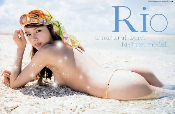 AV女優Rioのエロ画像047