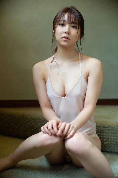 201117白間美瑠007