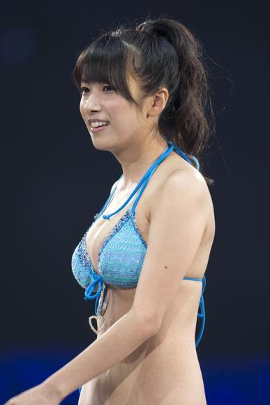 SKE48ナンバーワン巨乳!佐藤聖羅のグラビア画像007