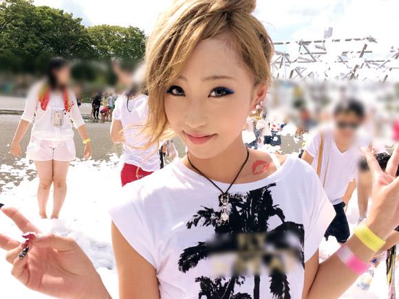 大阪の某公演で開催された泡フェスに遊びに来てた超可愛い女の子。あっちからナンパしてきたしエッチにも積極的!