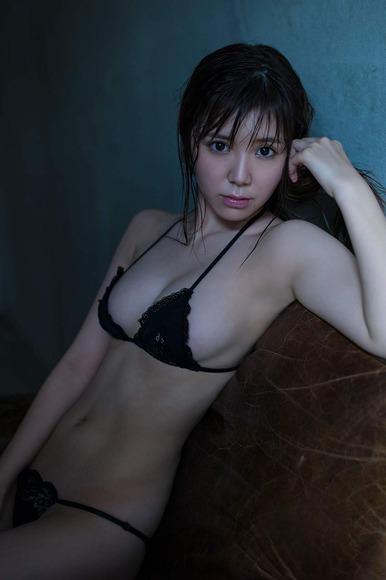 金子栞の画像018