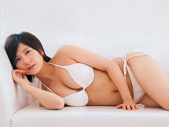 小野恵令奈のオッパイ